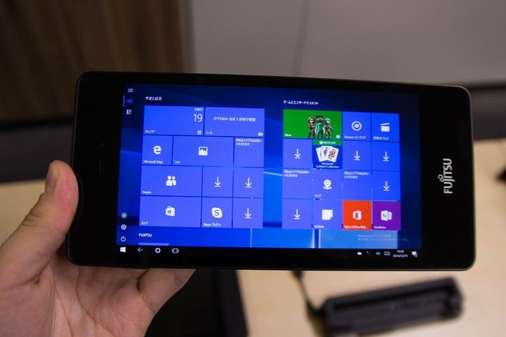 Fujitsu анонсировали мини-планшет