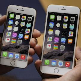 Стив Джобс знал о планах по выпуску большого смартфона