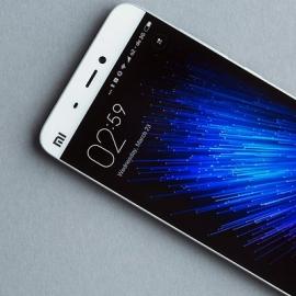 Xiaomi Mi5 стал самым мощным смартфоном, Galaxy Note 5 — самым популярным в мире