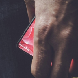 Создатель Android представит свой смартфон 30 мая