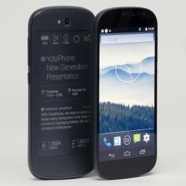 YotaPhone 2 серьезно подешевел в России