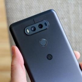 LG V30 с беспроводной зарядкой появится в августе