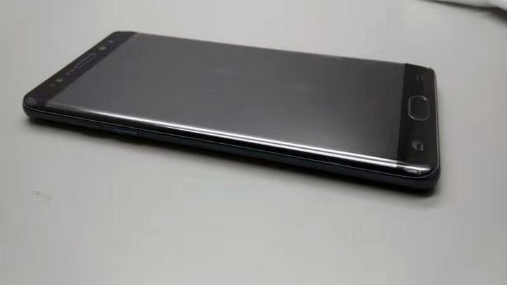 Samsung Galaxy Note 7 появился на живых