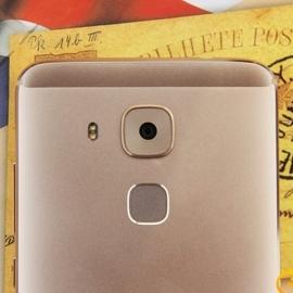 Huawei ����������� ������ G9 Plus