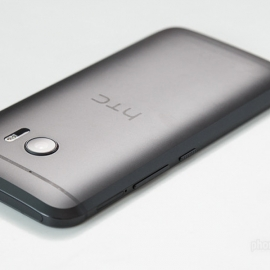 ��� �������������� HTC Desire 10 Pro