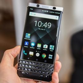 Бренд BlackBerry вернулся в Россию