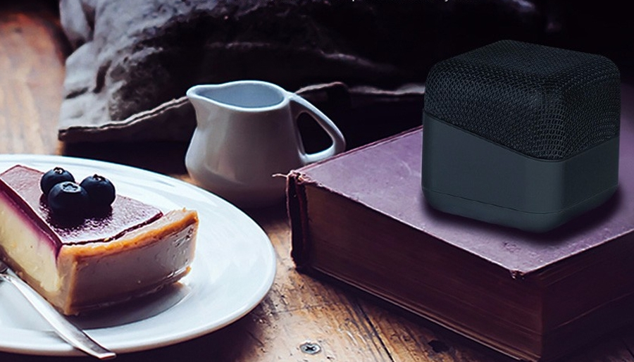 Лучшие скидки и акции недели: электронный блокнот, профессиональная камера и винтажная аудиоколонка