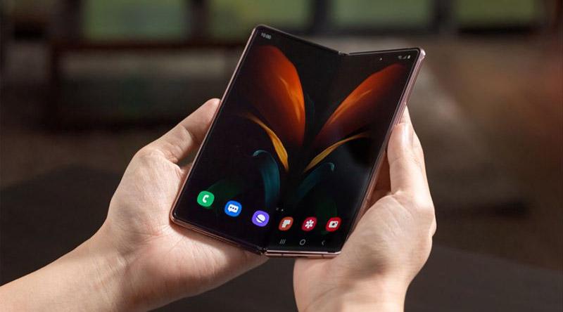 Samsung представила новый складной смартфон. Сколько он будет стоить в России?