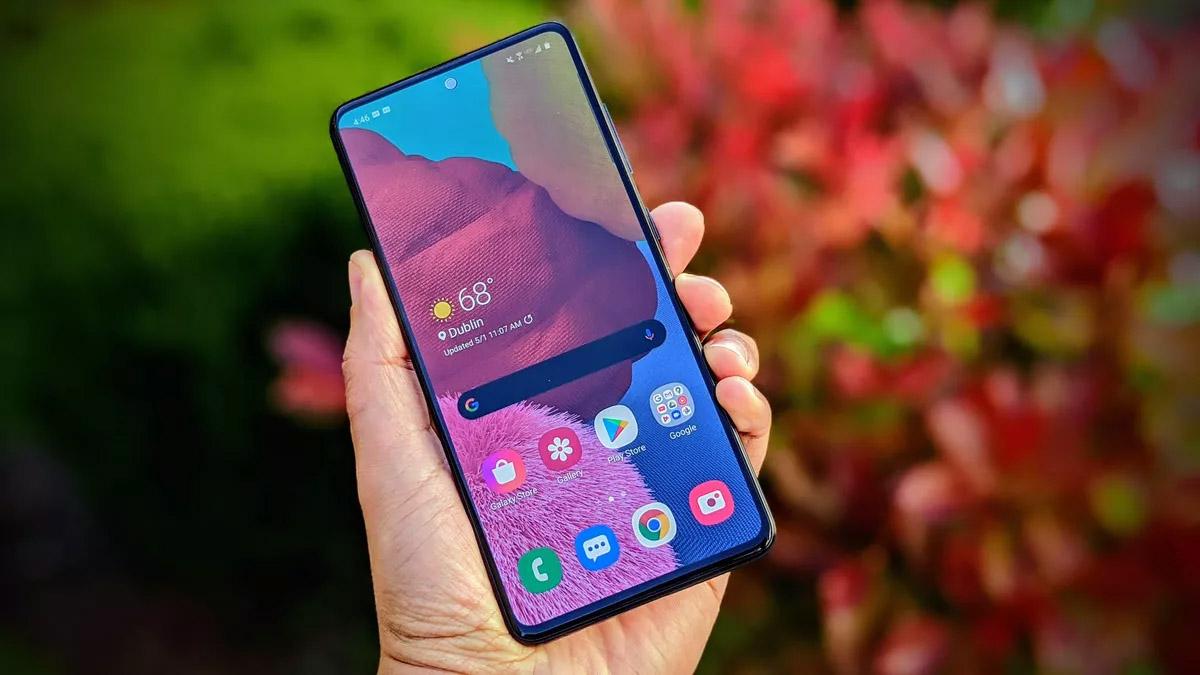 Владельцы смартфонов Samsung столкнулись с неприятной поломкой