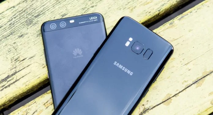 Samsung поиздевалась над угодившей под санкции Huawei