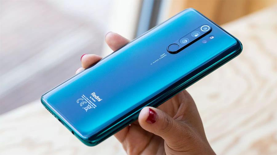 Назван самый мощный в мире дешевый смартфон