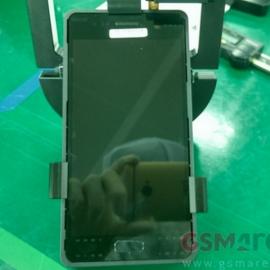 Передняя панель Galaxy S7 — на фото инсайдера