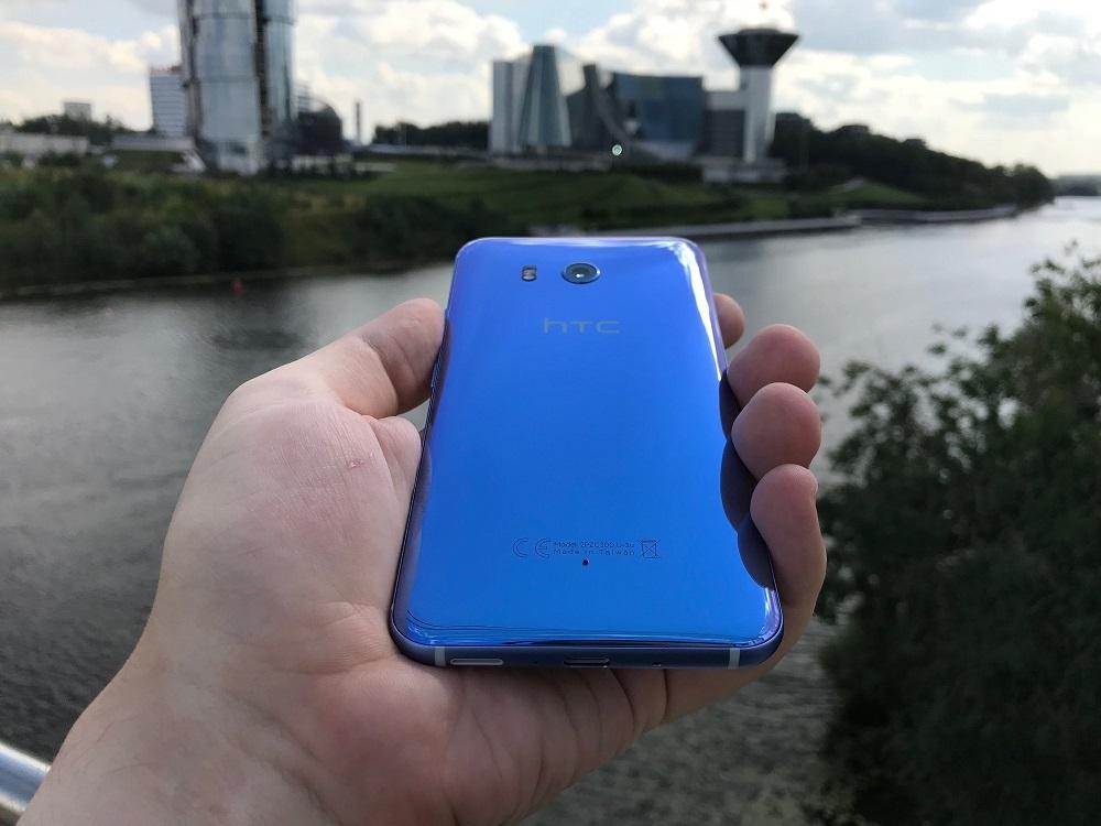 Обзор HTC U11. Флагман, который почти смог